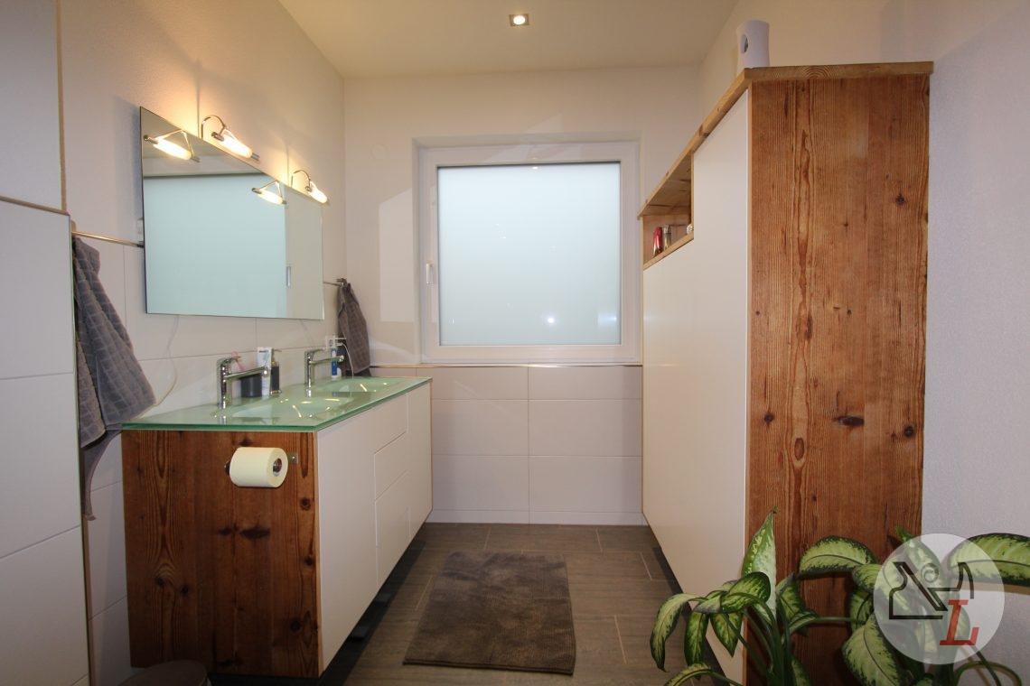 Badezimmer-altholz-fichte-ried.JPG