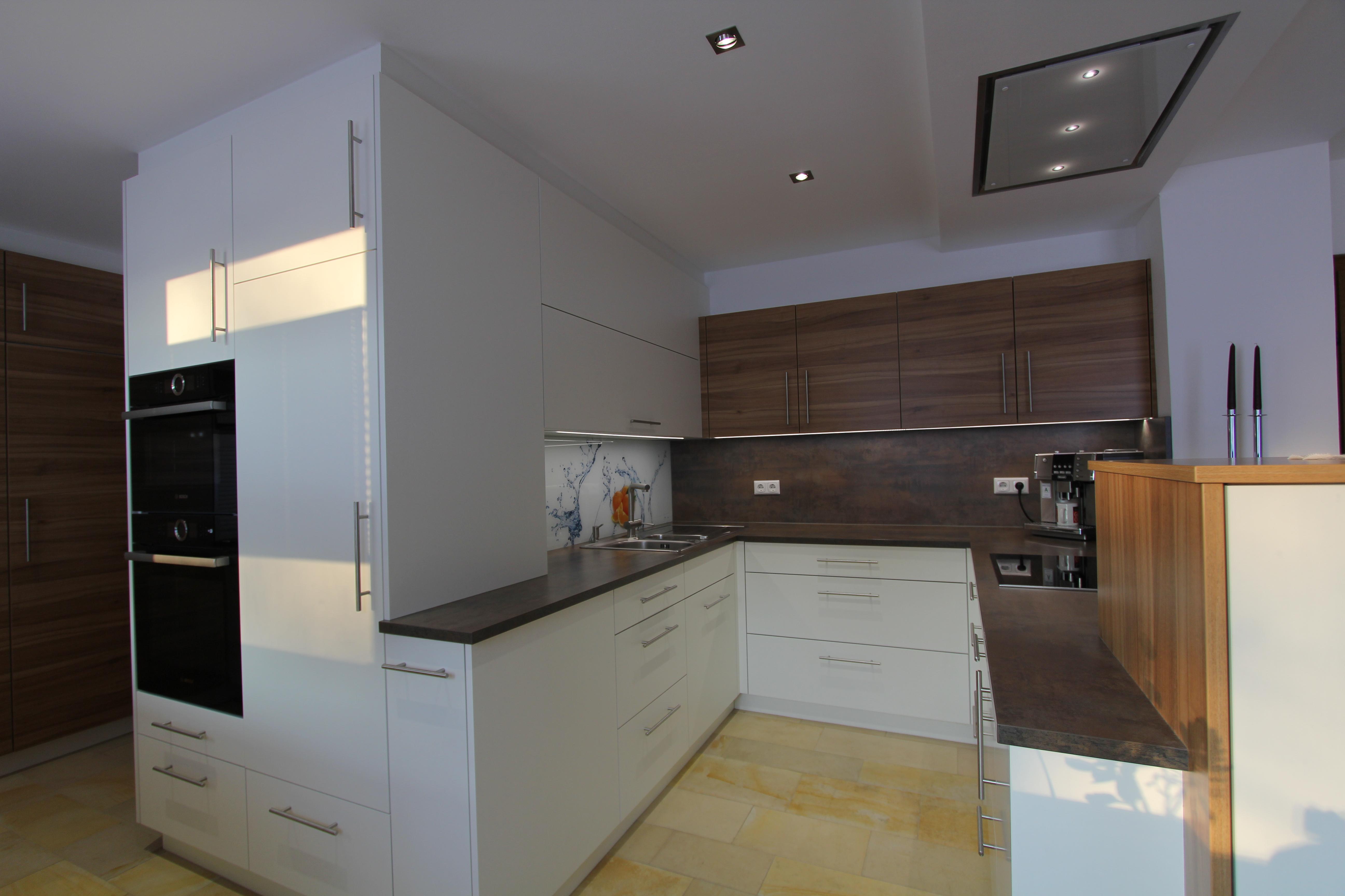 stein und keramik listberger tischlerei. Black Bedroom Furniture Sets. Home Design Ideas