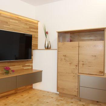 wohnzimmer-couch-fernsehverbau-steyr-1.jpg