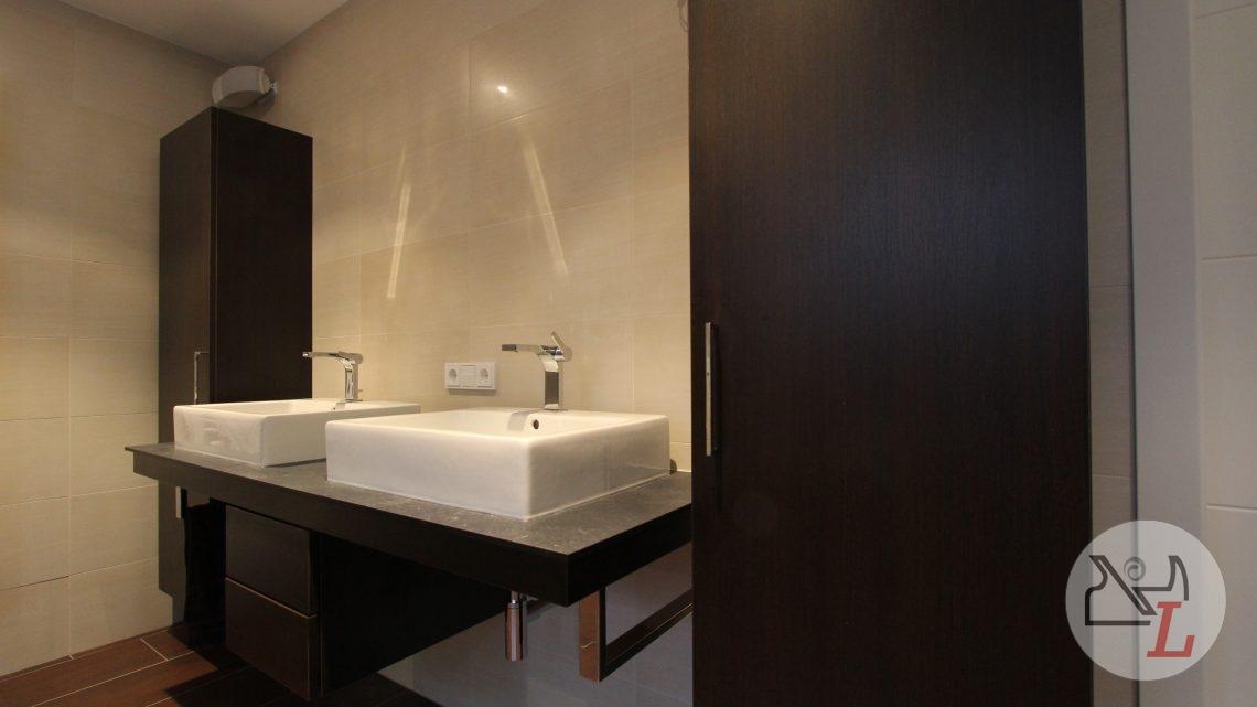 bad-badezimmer-neumarkt-design-waschtisch-1.jpg